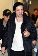 Robert Pattinson Picture 6