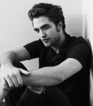 Robert Pattinson Picture 9