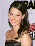 Lucy Liu is not dating Joseph Gordon - Levitt