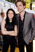 Robert Pattinson and Kristen Stewart will make it official
