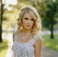 Happy Birthday Taylor Swift !