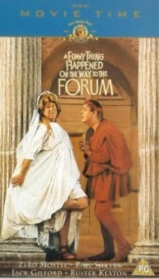 a_funny_thing_happened_on_the_way_to_the_forum_photo1.jpg