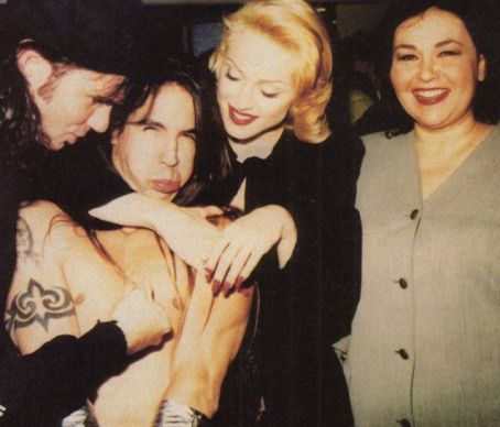 http://www.famouswhy.com/photos/anthony_kiedis_and_madonna_ciccone_picture.jpg
