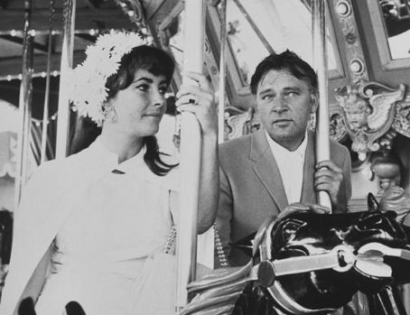 elizabeth taylor and richard burton photo