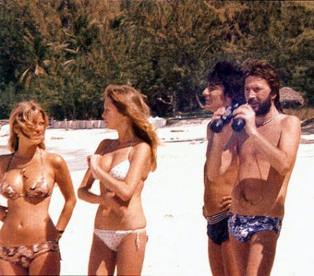 Les 1000 visages d'Eric Clapton - Page 3 Eric_clapton_and_pattie_boyd_photo