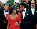 elizabeth taylor and george hamilton image1
