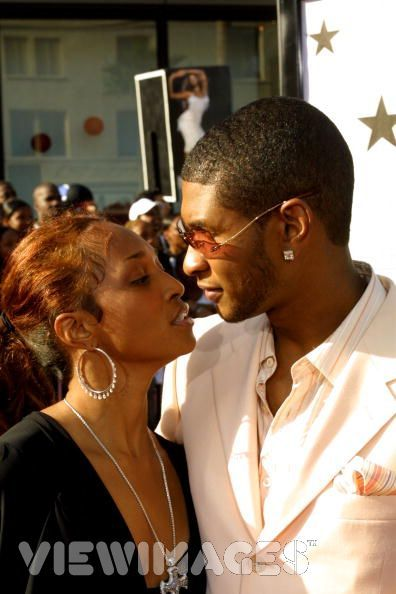 Title  usher raymond and rozonda chilli thomas picture2Rozonda Chilli Thomas Usher