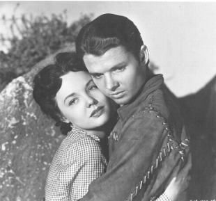 Wanda Hendrix And Audie Murphy Picture3