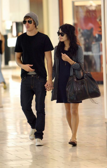 zac efron and vanessa anne hudgens picture2