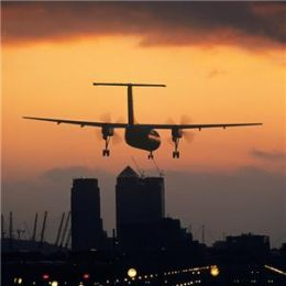 Ways to travel to the Airport while in UK