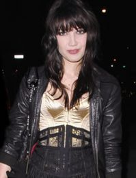 Daisy Lowe