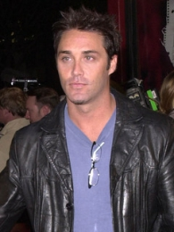 Vincent Young Biography, Pictures, Videos, Movies, Relationships ...